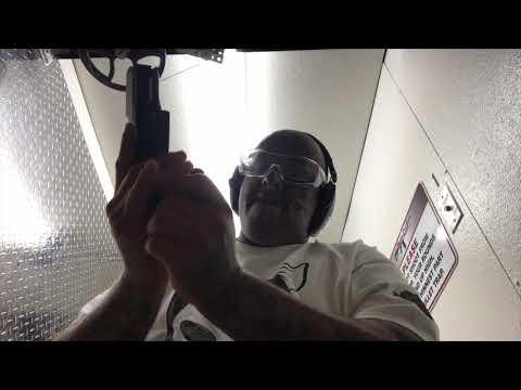 Carlos Oaka MrNasty Indoor Shooting Range GLOCK 27 FORTY CALIBER