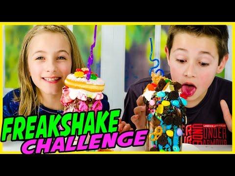 FREAKSHAKE CHALLENGE! EXTREME MILKSHAKE: CHOCOLATE VS STRAWBERRY? FUN DIY