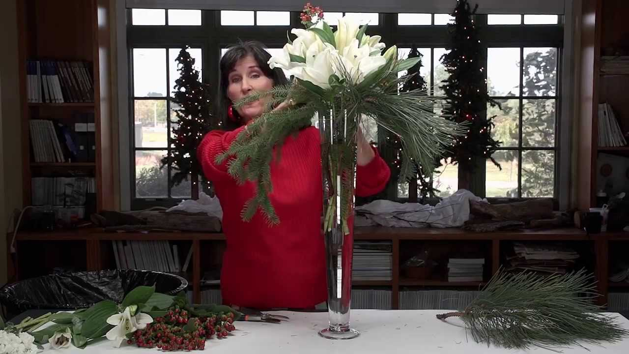 Christmas Flower Arrangements Artificial.Diana Ryan Winter Holiday Floral Arrangements