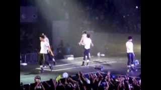 2PM Even If You Leave Me (fancam) WTII Live in Manila 03.02.13