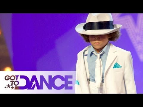 """""""Mini King of Pop"""" 