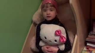 видео Колір іграшок впливає на дитину