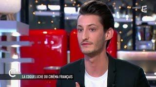 Pierre Niney revient sur la polémique Saint Laurent - C à vous - 17/03/2015