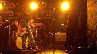 2013年2月4日、「高円寺 SHOW BOAT」でのライブより。 橋本ジュンさん、...
