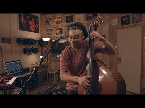 Adam Ben Ezra - Downtown Blues - Live Session (Hide and Seek Album)
