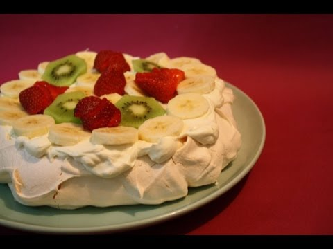 AUSTRALIAN PAVLOVA RECIPE - Australian Food  | MsDessertJunkie