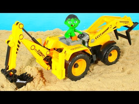 SUPERHERO BABY FINDS A TREASURE USING THE EXCAVATOR 鉂� SUPERHERO PLAY DOH CARTOONS FOR KIDS