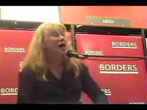 Loreena McKennitt at Borders Bonny Portmore mp3