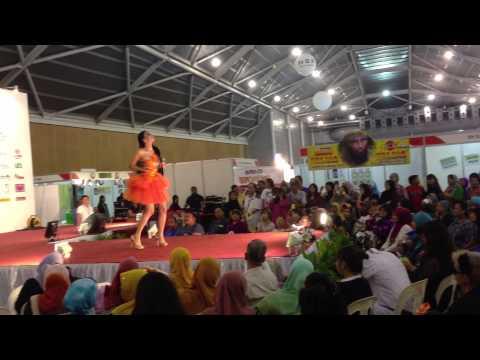 Lagu Ngutang Wika Salim in Singapore