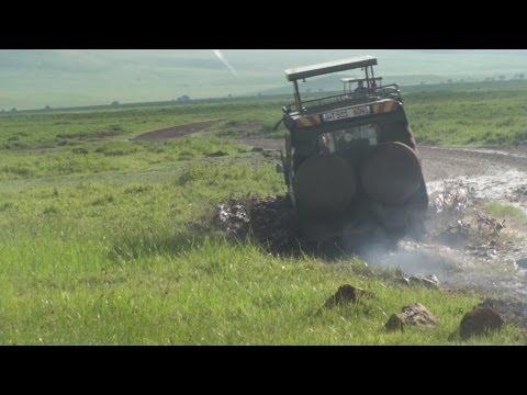 Africa Safari 4x4 Driving Ngorongoro Crater