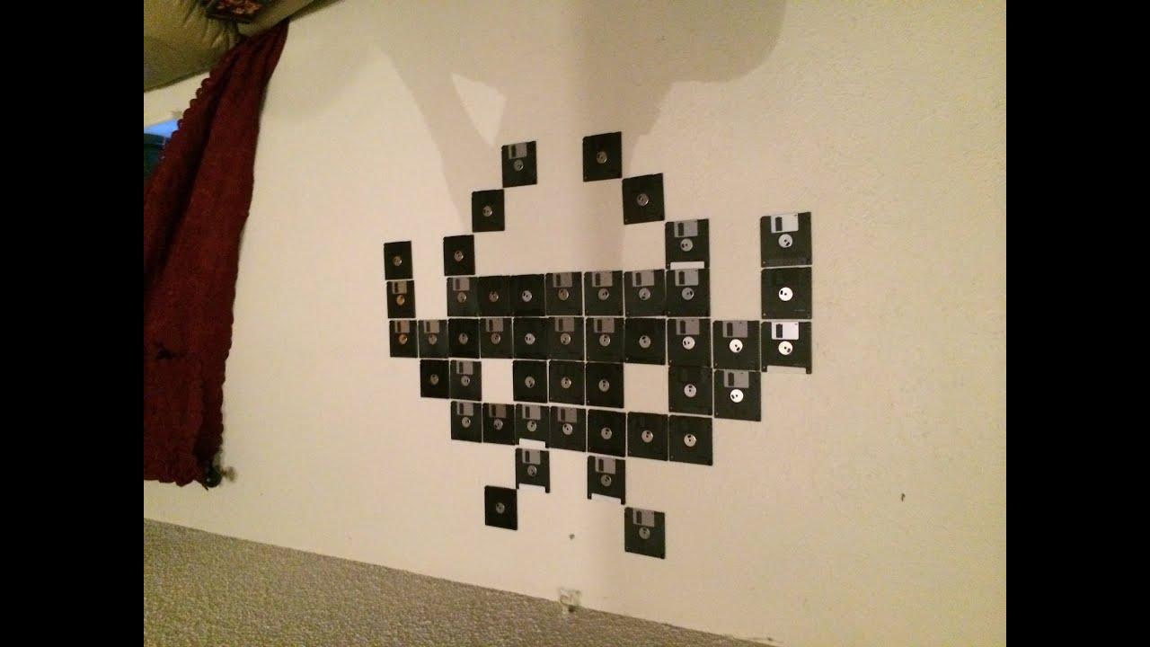 Wall of disks 32