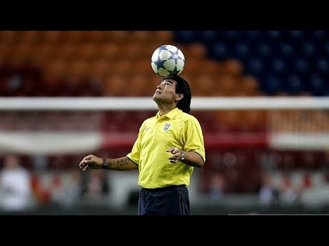 "Old Diego Maradona Has More Skills Than Today's ""Superstars"" (RARE)"