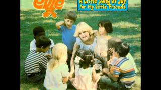 01. Step Into The Sunshine - Evie - A Little Song of Joy For My Little Friends - 1978