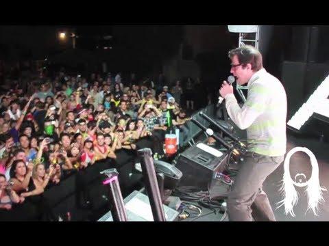 "Steve Aoki & Rivers Cuomo (Weezer) performing ""Earthquakey People"" Live in LA"