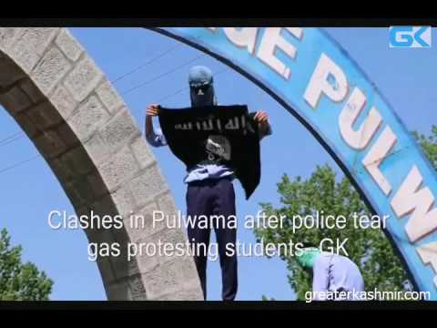 Clashes in Pulwama after police tear gas protesting students