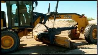 Как работать в несколько раз быстрее? Автогрейдер John Deere - от официального дилера(Демо-шоу техники John Deere., 2015-06-05T10:27:30.000Z)