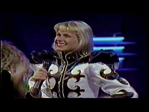 Xuxa presenta Ilarie en el Festival OTI Miami 1989
