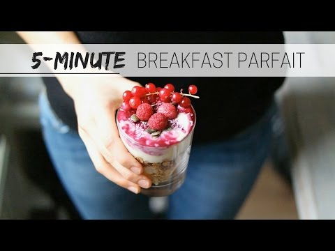 BREAKFAST BERRY PARFAIT » healthy + vegan