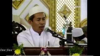 Mauidhoh KH. Marzuki Mustamar di Haul Akbar Pondok Pesantren Al Fithrah, Kedinding, Surabaya