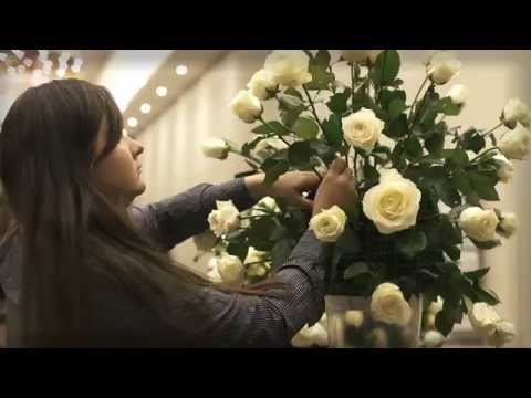 PERFECT MOMENT / WEEDING FLOWERS