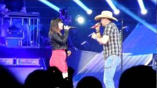 Jason Aldean and Kelly Clarkson - Don't You Wanna Stay