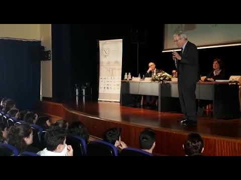 Conferencia del prestigioso abogado Antonio Garrigues en Vegadeo