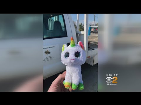 Help A Toy Unicorn Find Its Way Home