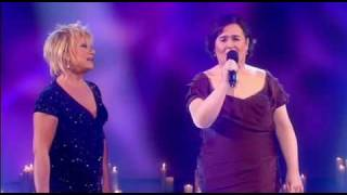 Repeat youtube video Susan Boyle performs Duet with Elaine Paige ( 13th / Dec / 09 )