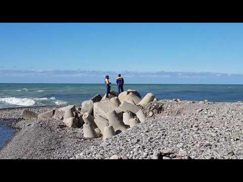 Трагедия на море! Вчерашний шторм в Лазаревском, Сочи унес в море двух подростков.Идут поиски(10:30)