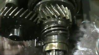 видео Ремонт коробки передач ВАЗ-2107