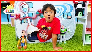 Download Toy Story 4 Toys Come to Life Pretend Play with Ryan!!!! Mp3 and Videos