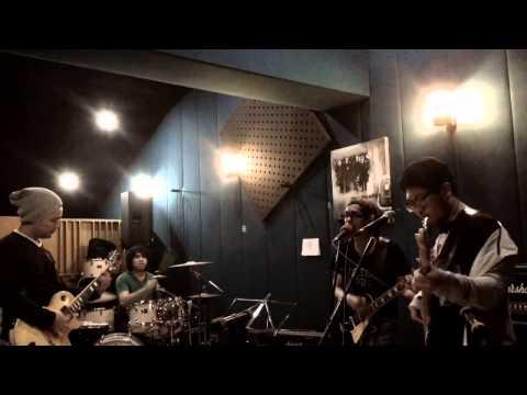 Korogaru Ishi ni Nare - The Goddamn VVota ( JKT48 cover)