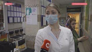 Студенты помогают медикам