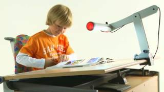 Moll Mobilight: Ergonomic Desk Lamp For Children