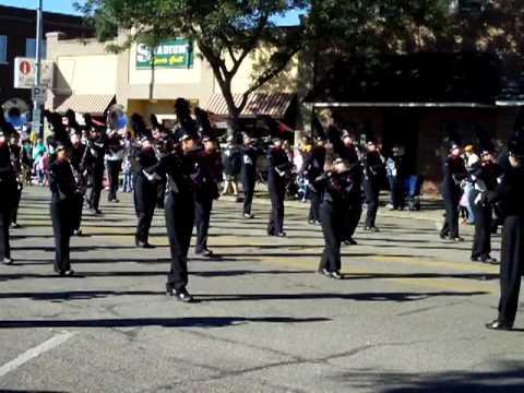 Madison HS Marching Band -- DSU Homecoming Parade 2009