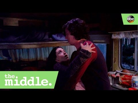 Is Lexie Falling for Axl?  The Middle