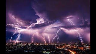 الطقس الرياض اليوم حدث نادر امطار وعواصف شاهد رياح قويه تهز الرياض هذه الليله