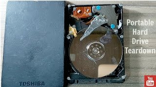 What's Inside a Portable Hard Drive {TOSHIBA}