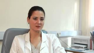 Неприятный запах из влагалища(На видео врач рассказывает о причинах возникновения неприятного запаха во влагалище. Симптомом, каких..., 2013-11-23T13:14:25.000Z)