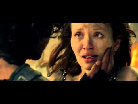 Pompeii 2014 - Kissing scene (Last scene) HD   ( Marius )