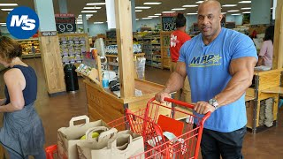 Grocery Shopping with Pro Bodybuilders | Victor Martinez's Grocery Run