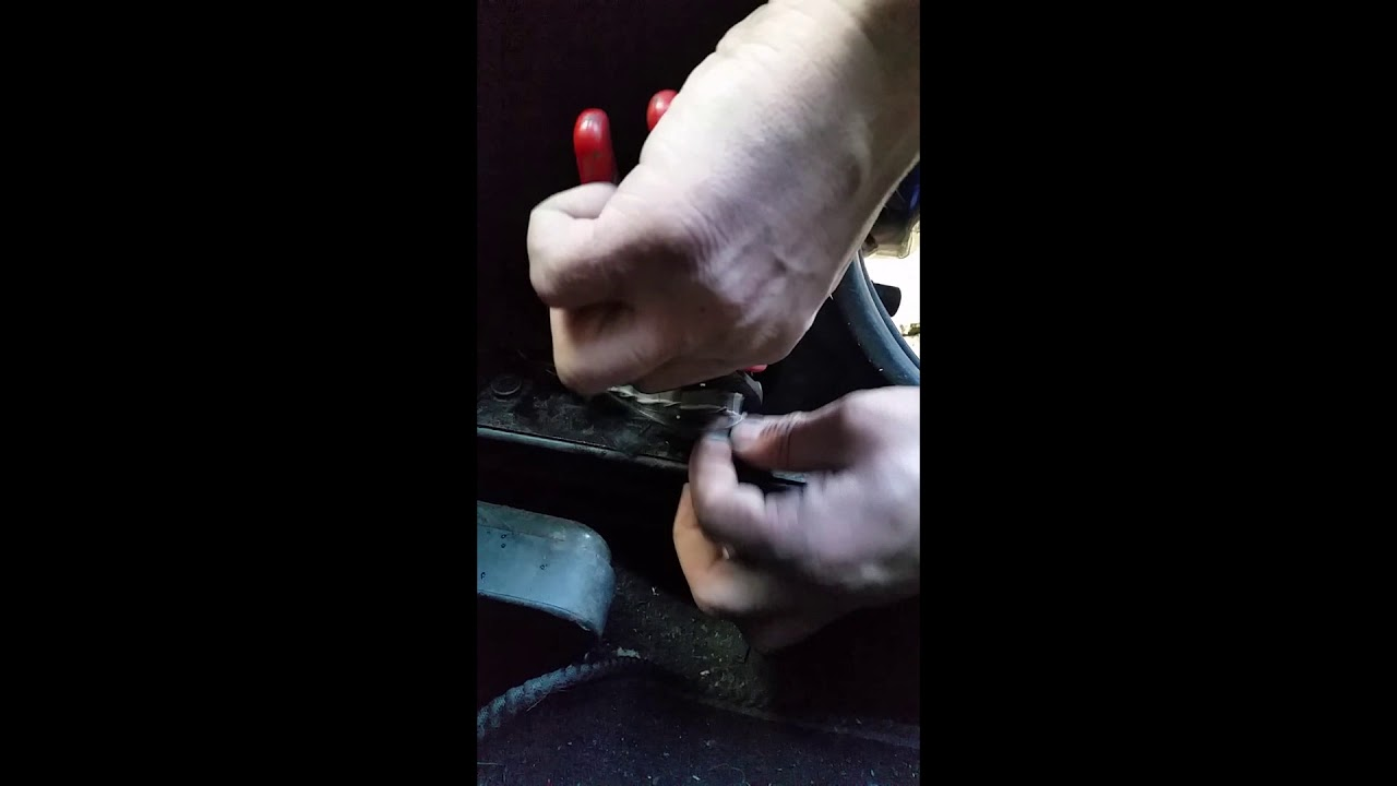 Zafira Astra Rear Door Problemshow To Fix Youtube 55 Fuse Box