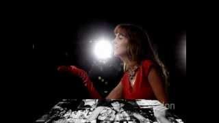 Rita Carlini canta Tristezza (per favore va via)