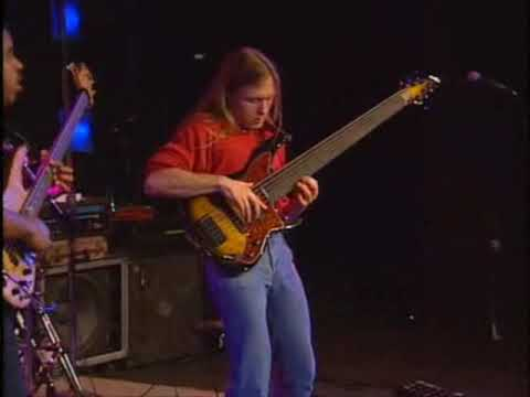 Steve Bailey & Victor Wooten - A Chick From Corea (Live)