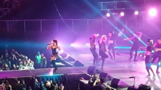 Ariana Grande -  Hands On Me 21/10/2015 @ Movistar Arena