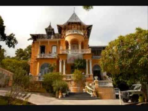 Gingerbread Houses   Haiti