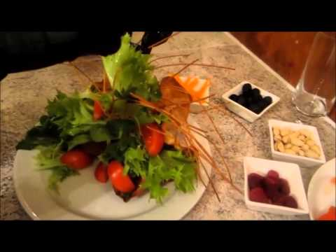 Wonderful Salad Decoration - Aklati - Salat lecker anrichten - YouTube | {Anrichten 39}