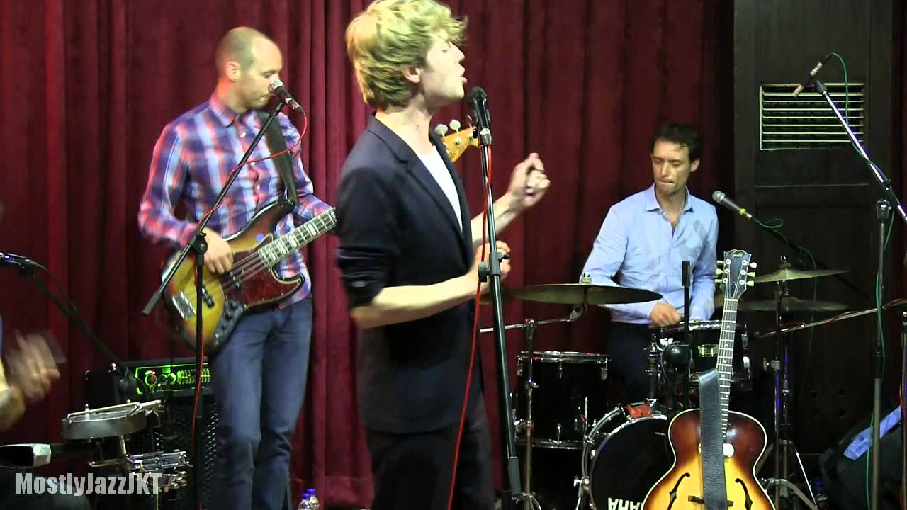 wouter-hamel-sunny-days-demise-in-between-mostly-jazz-11-05-14-hd-mostlyjazzjkt