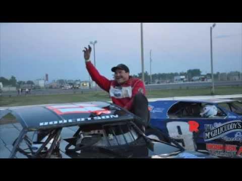 Sheyenne River Speedway Wissota Super Stocks