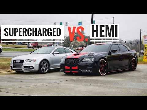 This Modified Chrysler 300s VS Audi S5 Take Over The Highway